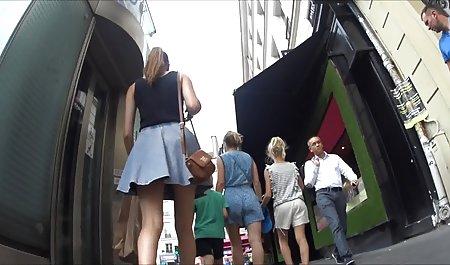 - Vater bringt Tochter und Freundin deutsche erotikfime bei, wie man mit dem Lehrer eine Note verdient