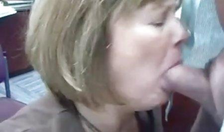 Marina lutscht einen anderen Schwanz Jungs deutsche erotikspielfilme