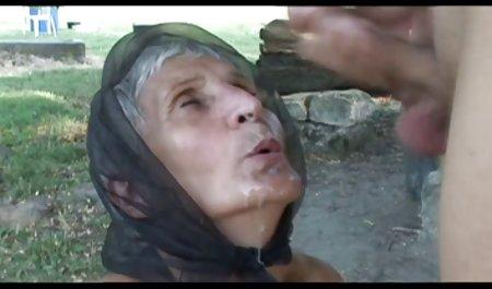 Versaut kostenlose deutsche erotikfilme sprechende Milf Julia Ann lutscht harten nassen Schwanz!
