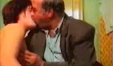 Dankbare junge Schlampe dankt Opa Sex deutsche erotikfilme kostenlos anschauen mit
