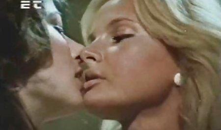 Tiara Ayase trifft deutschsprachige erotik filme den Mund und eng