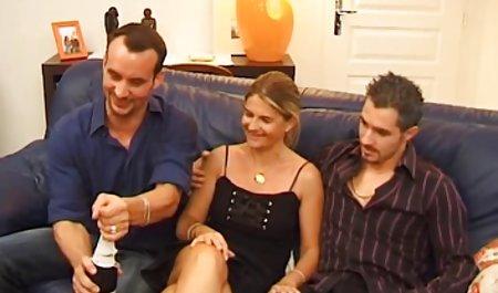 Kara Brett breitet einen Pussy deutsche gratis erotikfilme Hoo aus