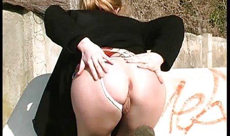 Ava nimmt einen kleinen Schwanz in kostenlose deutschsprachige erotikfilme ihre junge Fotze