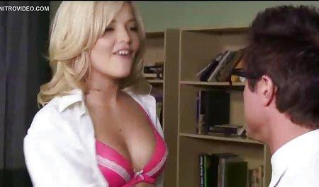 Heiße dicke kostenlos erotische filme anschauen Titten