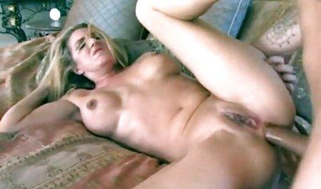 Süße Sarah zuerst vor der Kamera bj kostenlose erotikfilme zum anschauen