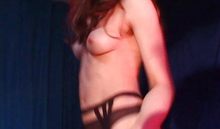 Frau cuckolds Ehemann und lässt ihn masturbieren und sie einen großen erotische filme kostenlos Dildo ficken sehen